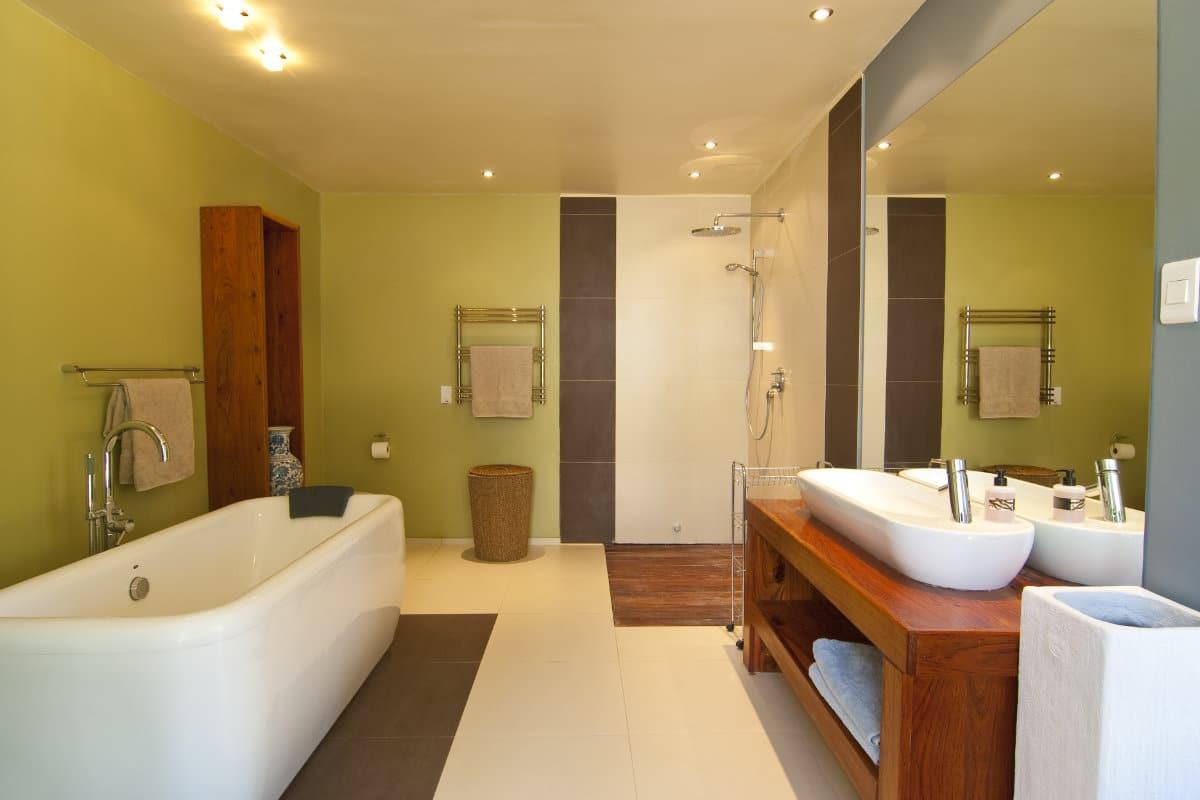 badkuip verven badkamer schilderen