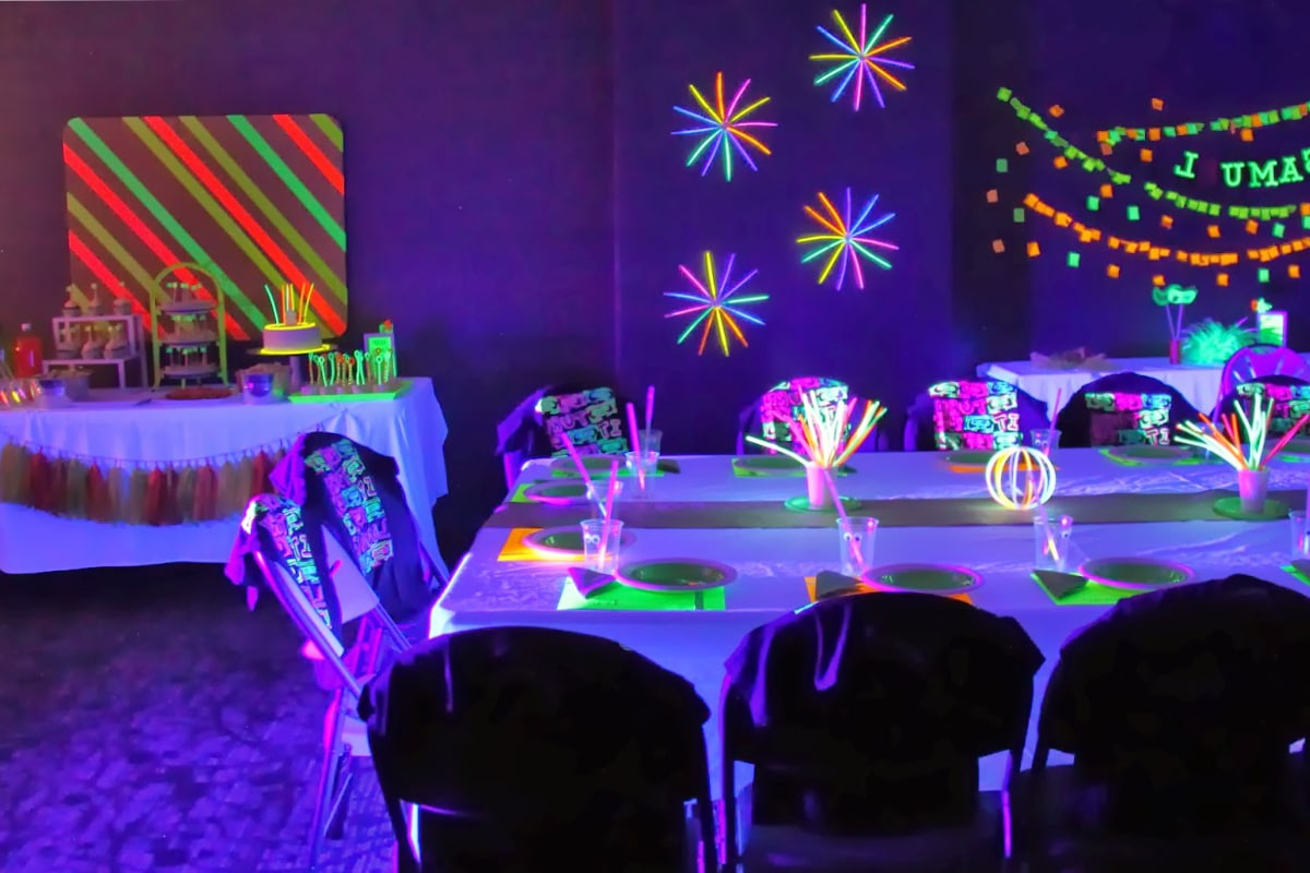 glow in the dark verf woonkamer