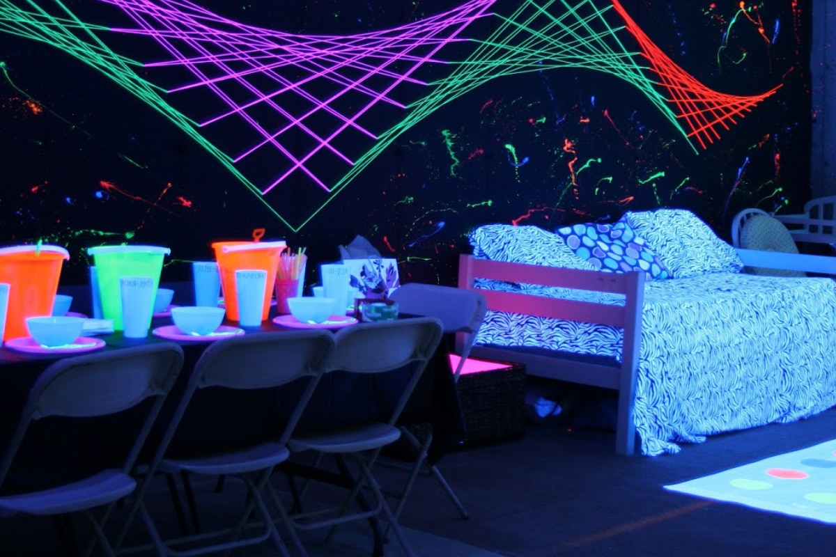 kinderfeest met glow-in-the-dark verf